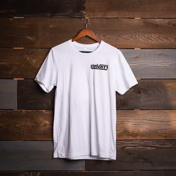 Pavati Wake Boats Product: No Bananas Tee (White)